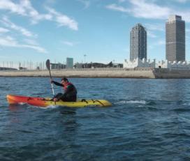 Esperienza in kayak e SUP a Barcellona