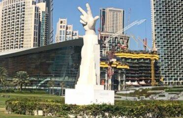 Statua delle Tre Dita